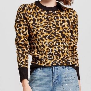 WHO WHAT WEAR leopard crew neck sweater